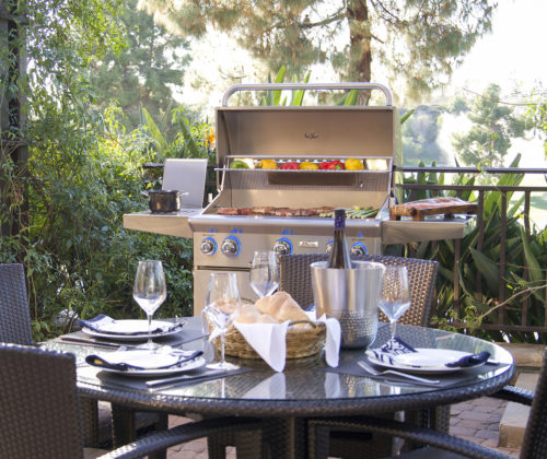 AOG_30PCL_3022-L-Series-Portable-Grill-Lifestyle-1-2018-2